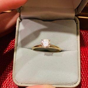 Jewelry - 💍Beautiful 14k YG Diamonique CZ Engagement ring💍